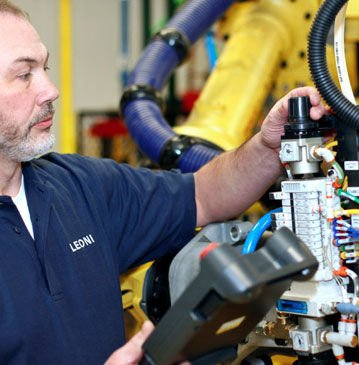 Automation training – Outsourcing & equipment sales: LEONI
