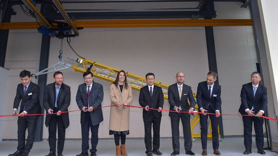 Official opening and start of production of Singlemode fibers in Jena for broadband expansion in Germany