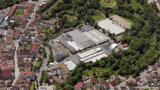 Aerial view of Leoni's factory site on Stieberstrasse to the City of Roth, Germany