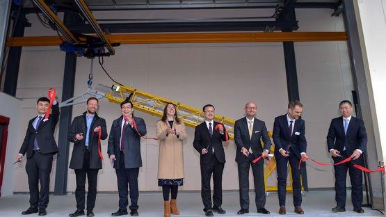 Feierliche Eröffnungszeremonie zum Produktionsstart