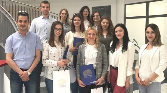 title LEONI scholars with representatives of the Management of LEONI Serbia