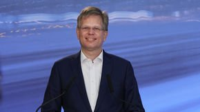 "CEO Aldo Kamper: ""It's no fluke that premium brands are choosing LEONI wiring systems"""
