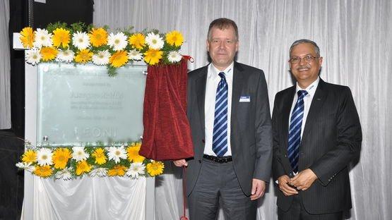 Eröffnungsfeier des Kabelwerks in Pune (Indien)