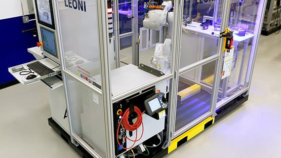 S.M.A.R.T.T. de LEONI Simulador capacitador para automatización